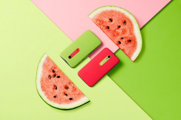moto_g_green_red_back_watermelon